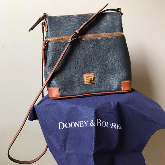 Dooney & Bourke Handbags - Dooney & Bourke Pebble Grain Crossbody